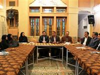 اهدا بسته های لوازم التحریر به دانش آموزان یزدی