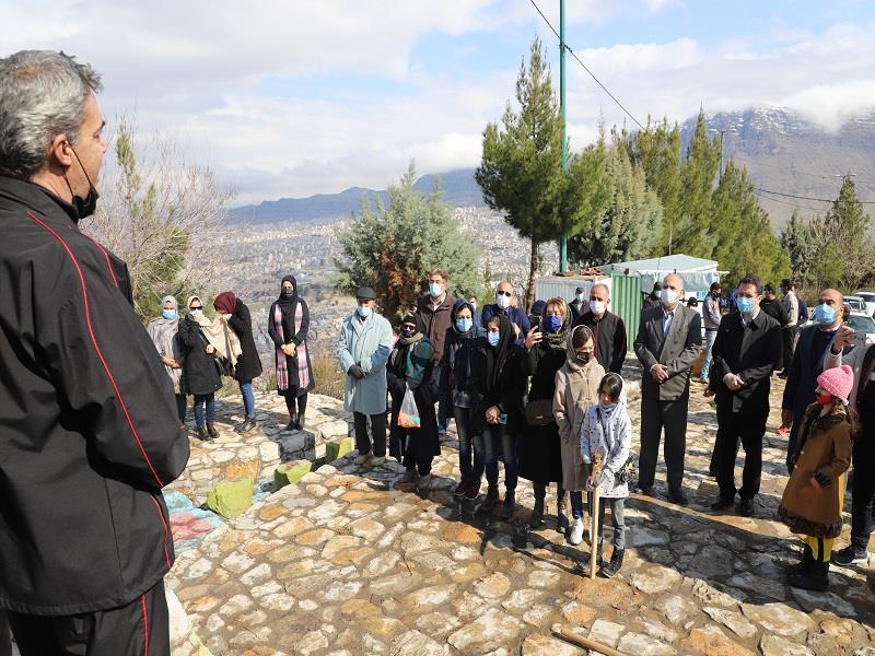 کاشت نهال در استان لرستان(گزارش تصویری)