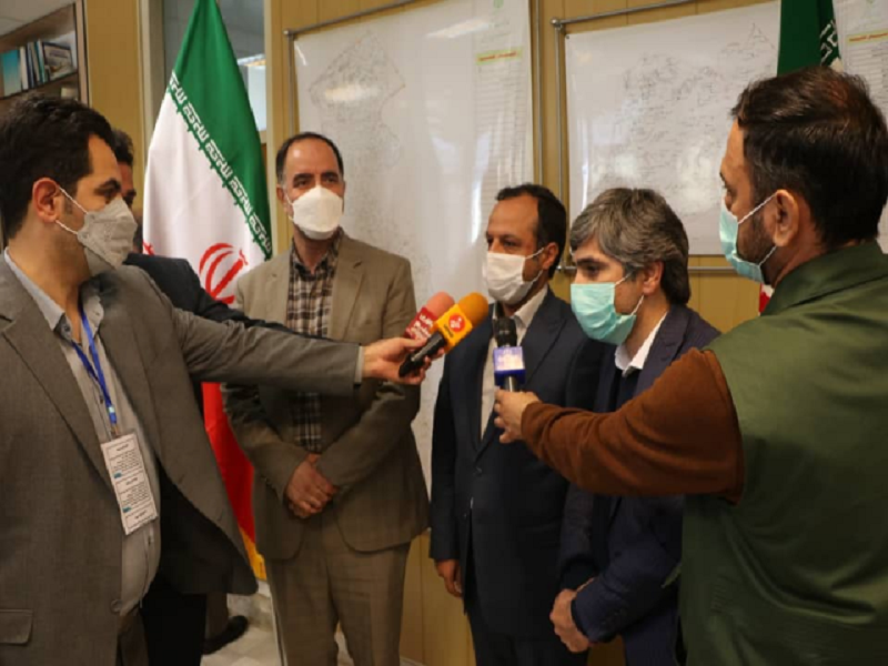 بازدید وزیر اقتصاد از شرکت کشت و صنعت و دامپروری پارس